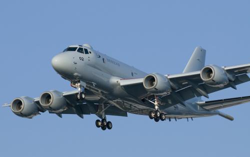 日本国产P1反潜机再出问题 尾翼上零件空中脱落