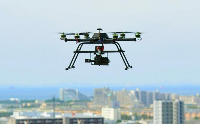日本福岛进行世界首例19架无人机同时飞行的试验