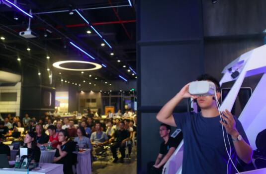 """历时4个月、近百支团队 它们要做VR 2.0时代的""""先行者"""""""