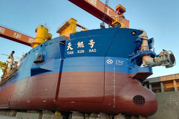 """中国最强造岛神器""""天鲲号""""即将下水"""