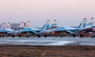 俄6架苏35加油3次飞万里抵达驻地