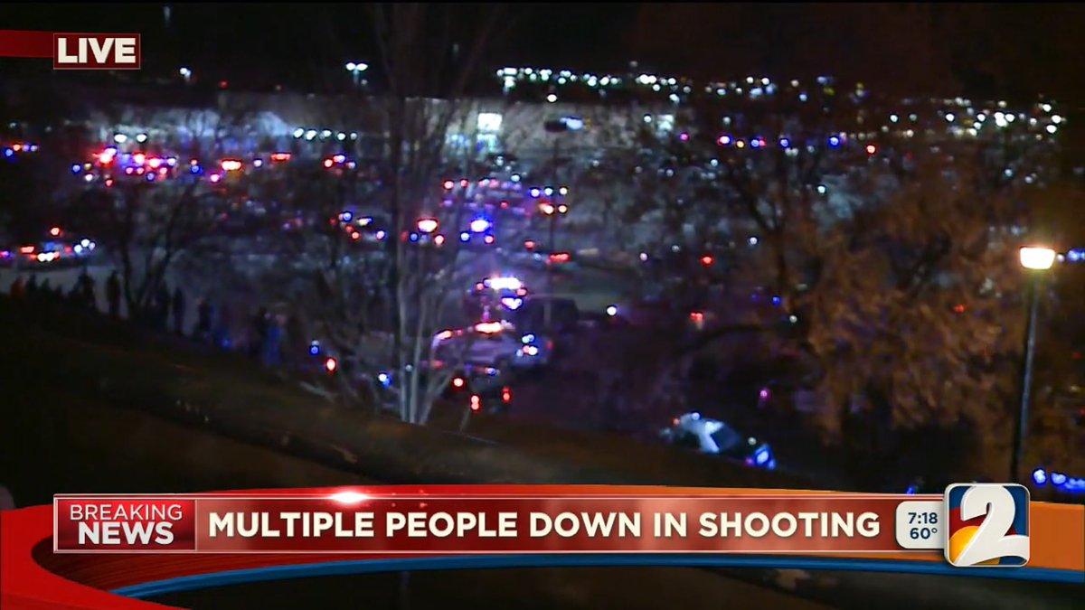 美国一沃尔玛超市发生枪击 外媒称有大量伤亡