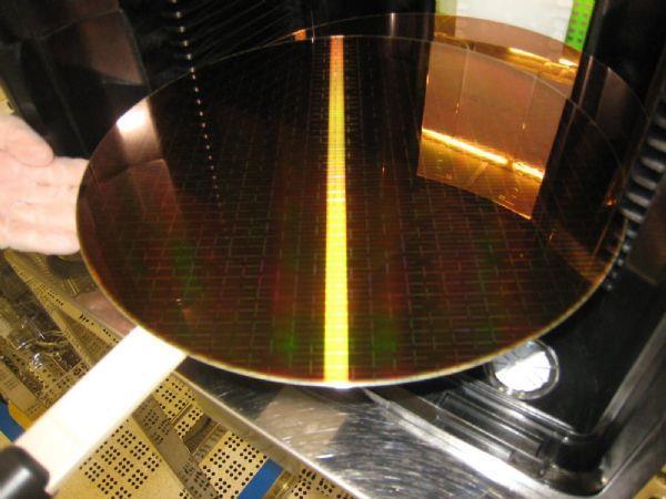 PC硬件价格上涨原因:全球硅晶圆价格上涨