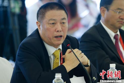"""沈家燊:香港侨界在""""一带一路""""建设中应发挥桥梁作用"""