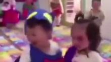 台湾一幼儿园庆祝万圣节 老师扮鬼吓哭小朋友