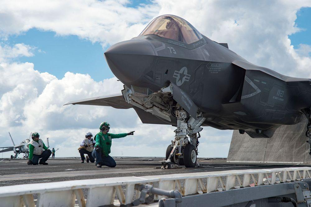外媒:美国F35战机生锈 交付计划冻结一个月