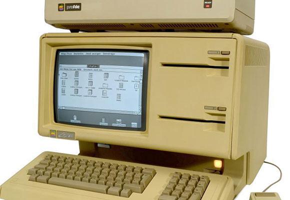 古董级苹果Lisa-1电脑在德拍卖 估价3万英镑