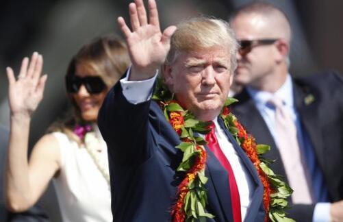 特朗普访日前先赴珍珠港 称此站短暂却令人激动