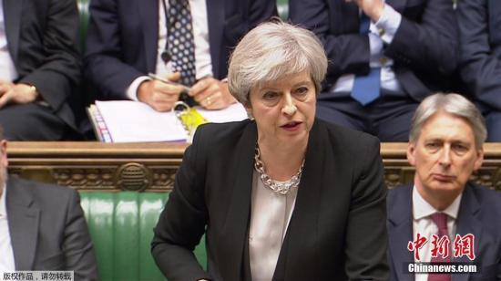 """""""膝盖门""""让英国政坛蒙羞"""