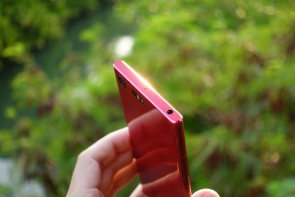 索尼Xperia XZ Premium镜红版开箱图赏
