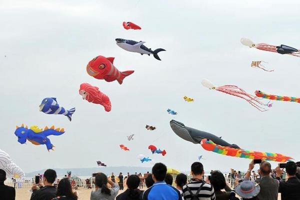 厦门国际风筝节 彩鸢漫天飞舞
