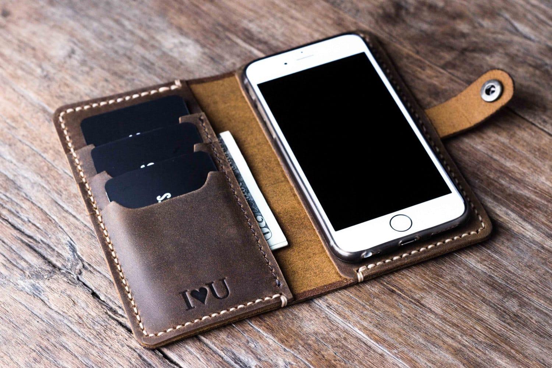 外媒:苹果确认iPhone X无线充电可能毁坏信用卡