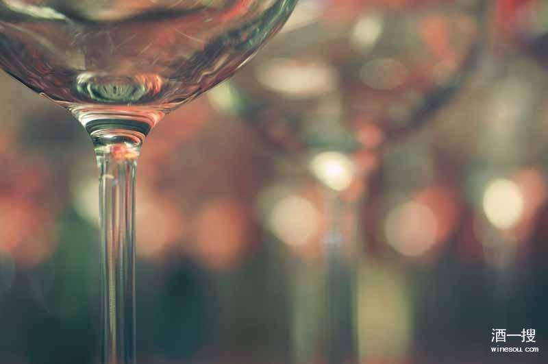 适合葡萄酒新手入门级的酒款推荐