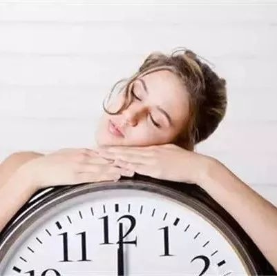 每天坚持午睡15分钟,身体会发生这种神奇变化