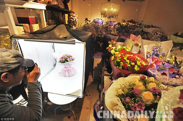 美媒:中国单身男女比例失衡 与某些西方国家相比中国人的结婚率更高