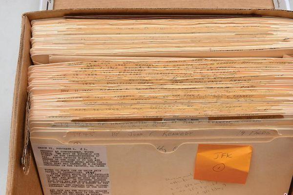 肯尼迪当选总统前大量手稿曝光 将高价售出