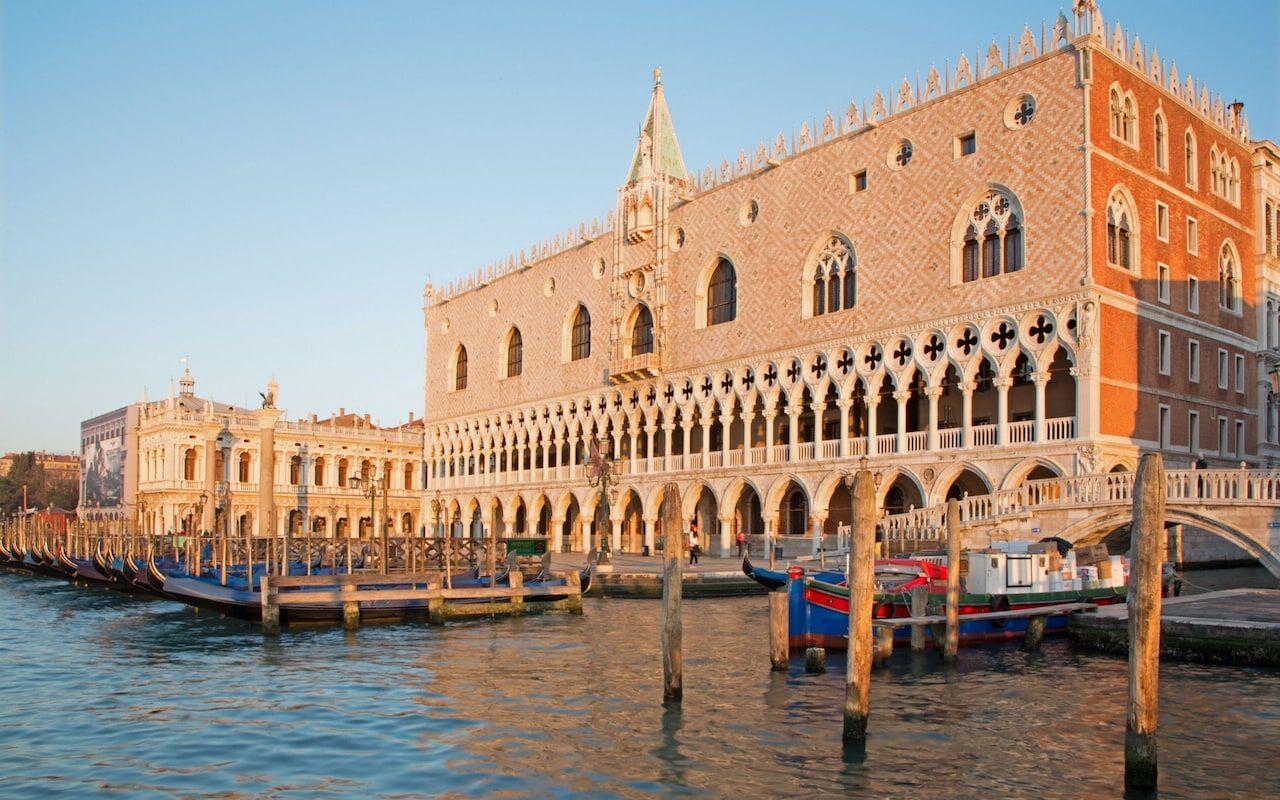 英一游客在威尼斯遭遇天价午餐:一顿饭花掉500多欧元