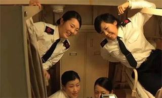 日本自卫队女兵住舱内务怎么样?