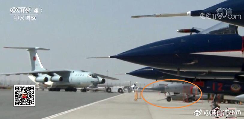 3架枭龙战机已抵迪拜 与中国歼10肩并肩(图)