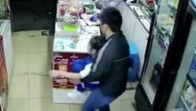 猖狂人贩子便利店掳走小女孩 仅用45秒快速作案