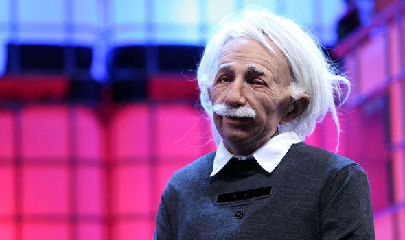 机器人版爱因斯坦警告人类:千万别把自己毁掉了