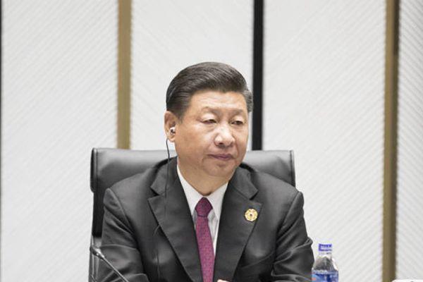 习近平11日出席APEC活动精彩图集