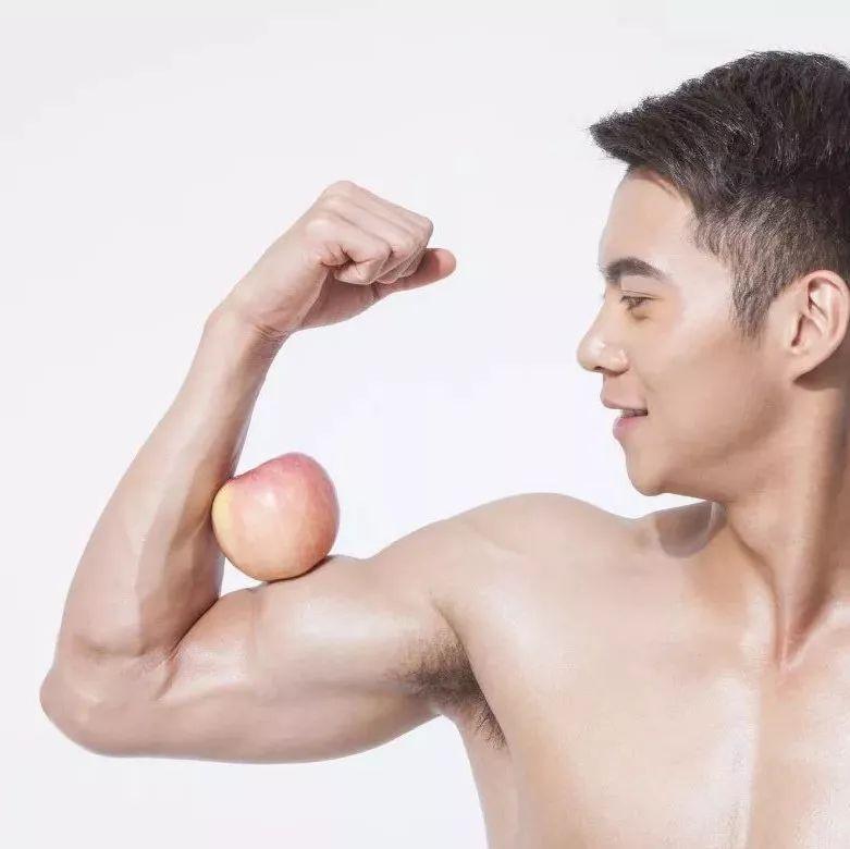 肌肉有劲的人更长寿,赶在衰老前多做5个动作(附真人示范)