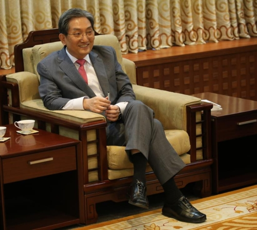 """韩国驻华大使:中韩关系开始""""走出黑暗狭长的隧道"""""""