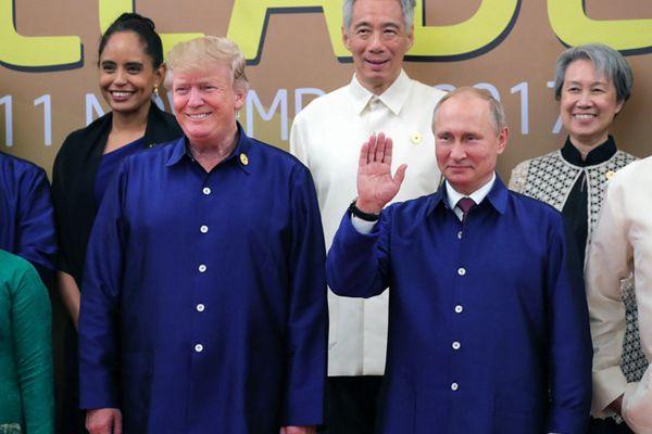 """再秀""""最炫民族风"""" 回顾历年APEC领导人都穿啥?"""