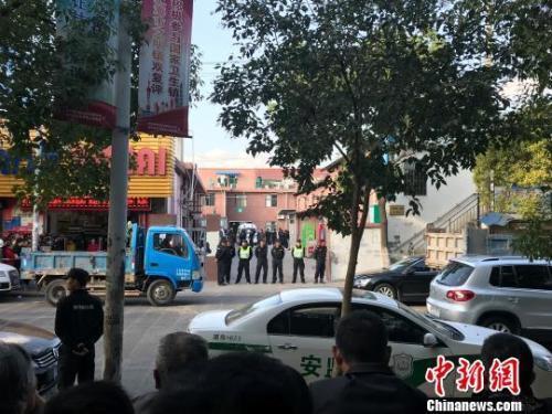 上海一超市房屋坍塌搜救结束 6人受伤3人死亡