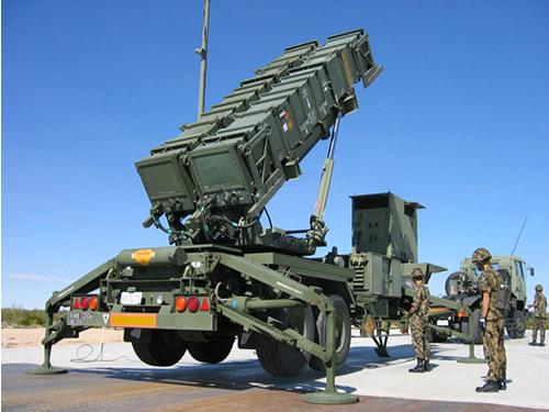 """以色列使用""""爱国者""""导弹在以叙边境击落一无人机"""