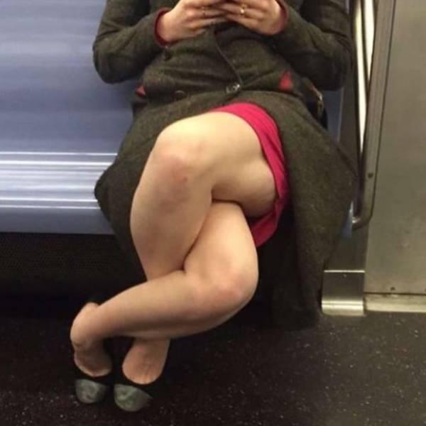 难道怪人都去坐地铁了图片