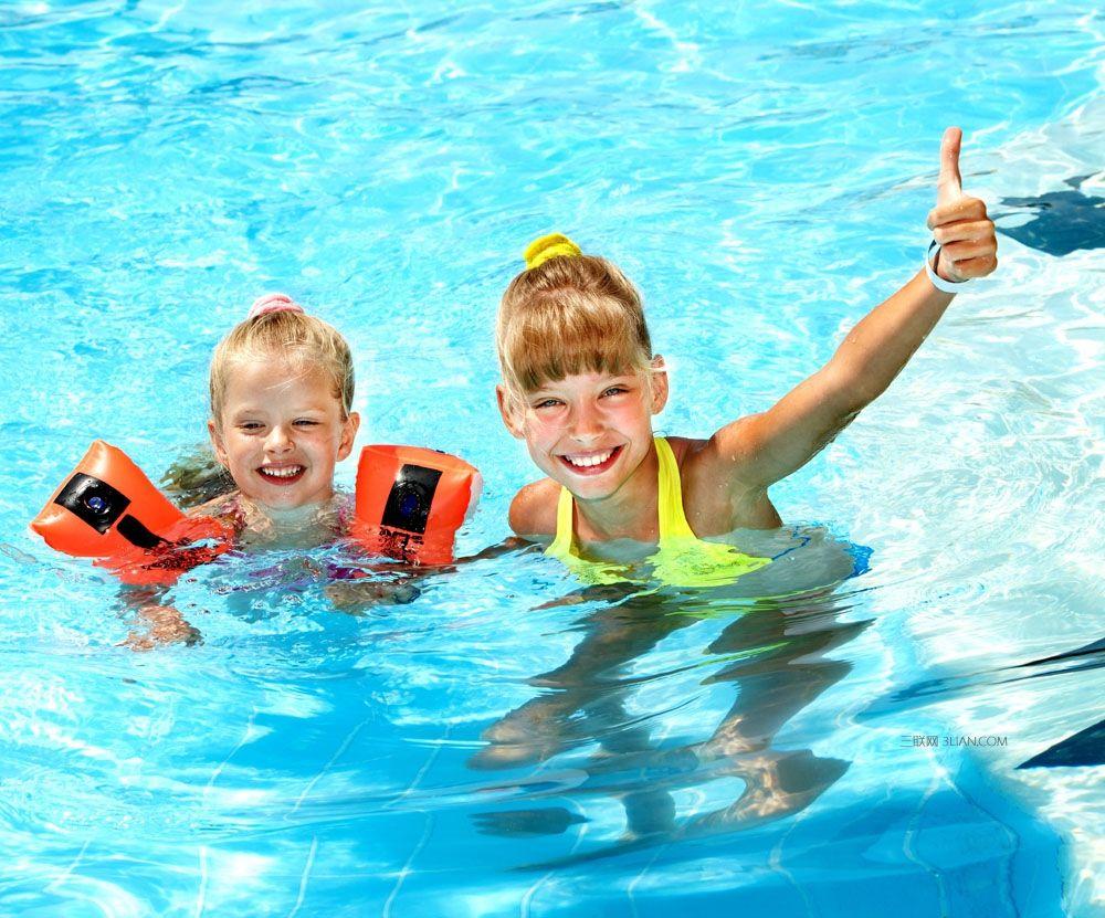 美国九岁华裔女童见义勇为泳池救人 获市府表扬