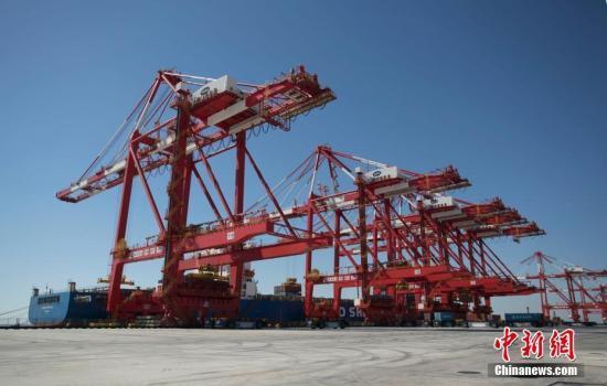 中国商务部:中美经贸成果双向互利大体平衡