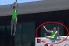 澳跳水运动员跳板上滑倒