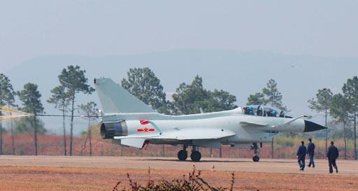 航空工业为海军大修首架歼10战机 已成功首飞