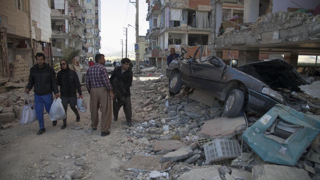 伊朗强震搜救行动进入尾声 灾民援助挑战大