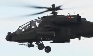 韩国阿帕奇直升机首次实弹射击地狱火导弹