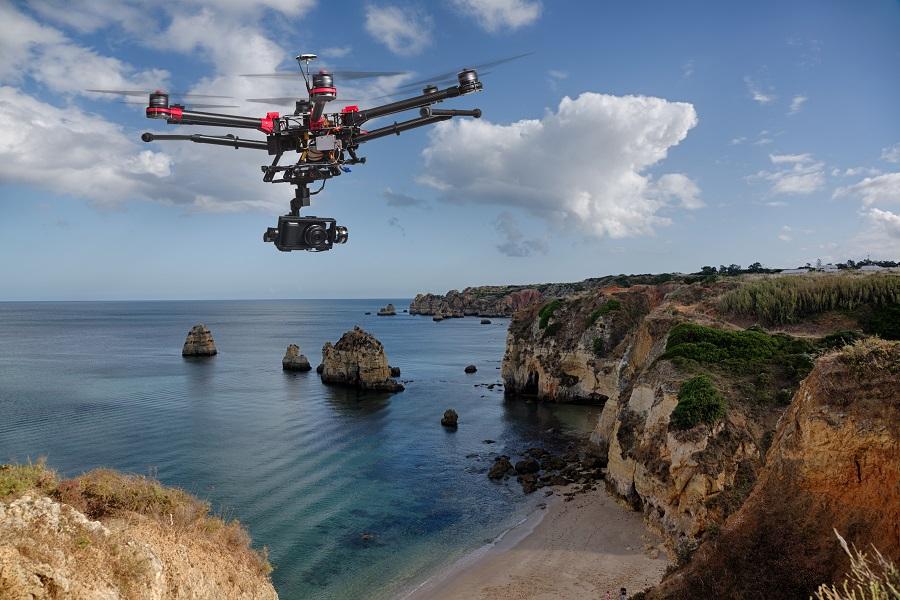 无人机和大海,无人机,大疆,消费级,工业