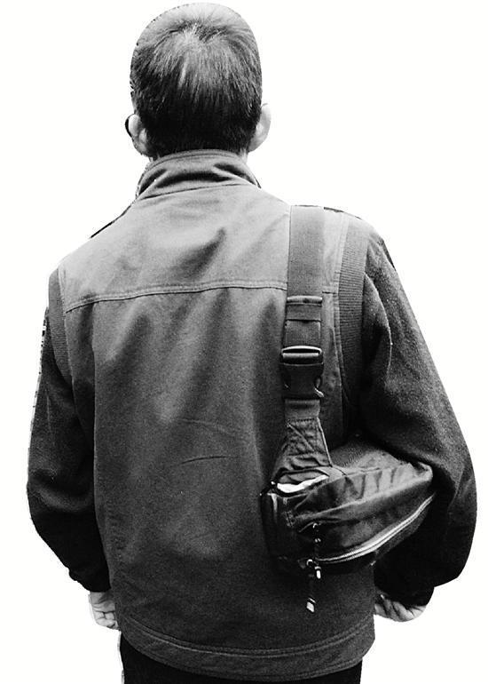 杭州反扒便衣10年抓400多窃贼 多次卧底盗窃团伙