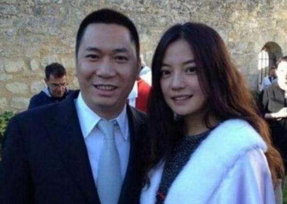 赵薇夫妇或面临巨额索赔 至少10位律师征集集体索赔