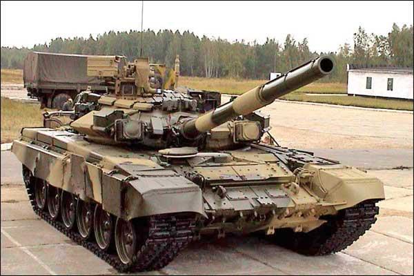 英媒称俄向越南交付T90S坦克 后续或售防空导弹