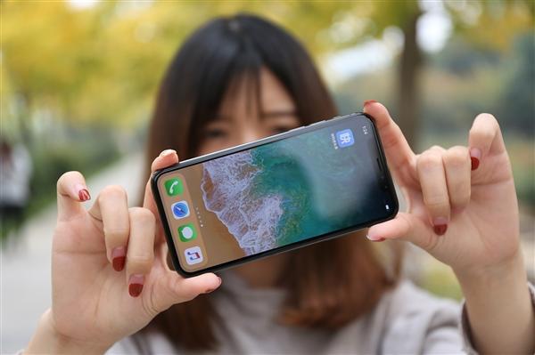 这么多年白用了 手机真的需要贴膜吗?