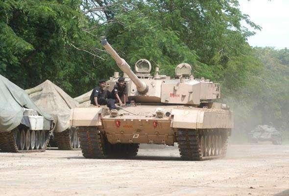 拒绝被忽悠!印媒称印军拒绝采购国产战机坦克