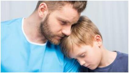 研究:要防治青少年抑郁症,父亲角色很重要