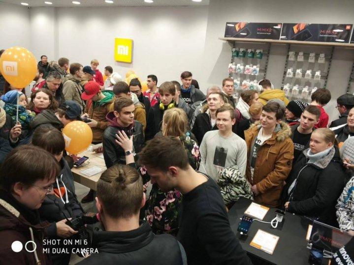 开创先河!小米在莫斯科开设24小时营业旗舰店