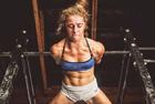 美国健身女孩被赞女超人