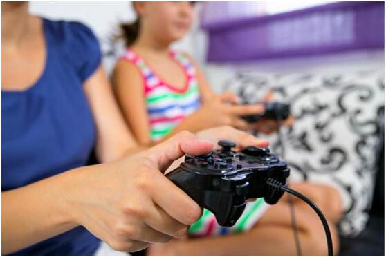 逆转一般观念 英国研究:孩子玩游戏或者更聪明