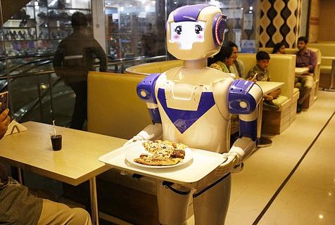高科技!孟加拉首家机器人餐厅开业