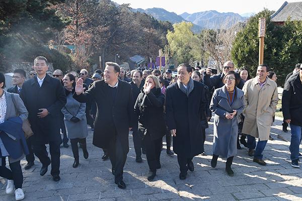 巴拿马总统巴雷拉表示:愿积极支持世界旅游联盟发展
